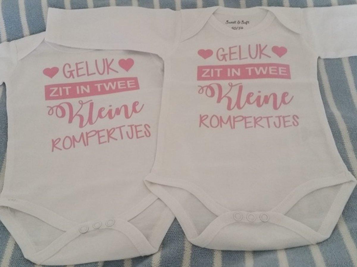 Baby Rompertje Meisje Met Tekst Geluk Zit In Twee Kleine Rompertjes Tweeling Set Lange Mouw Wit Met Roze Maat 50 56