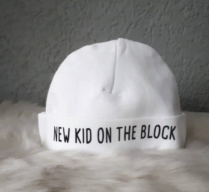witte babymuts new kid on the block