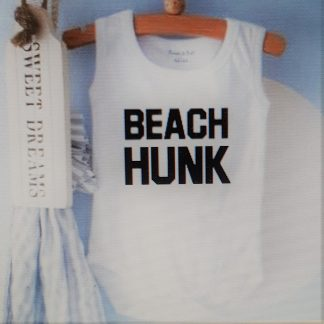 Baby Rompertje cadeautje zwangerschap aankondiging tekst jongen   beach hunk   korte mouw mouwloos   wit zwart   maat 62/68   geboorte kraamcadeau cadeau