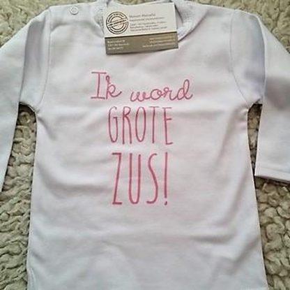 Baby rompertje Hoera ik word grote zus meisjes - Zwangerschapsaankondiging   Lange mouw  wit met licht roze   maat 74-80 zwangerschap aankondiging shirt worden