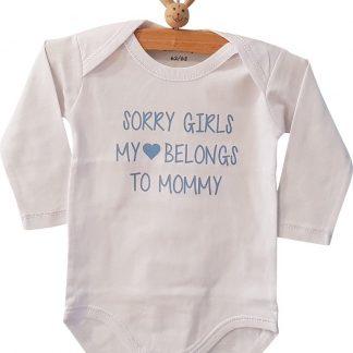 Baby tekst mama baby jongen tekst cadeau eerste moederdag Romper sorry girls, my heart belongs to mommy | Lange mouw | wit met licht blauw | maat 62/68