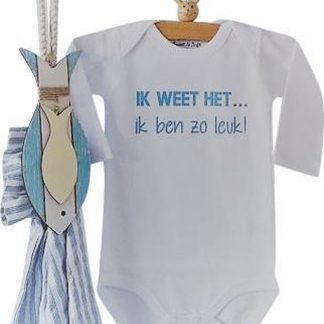 Rompertje jongen tekst liefste baby blauw | Ik weet het, ik ben zo leuk! | Lange mouw | wit blauwe print | maat 50/56 bekendmaking zwangerschap aanstaande baby