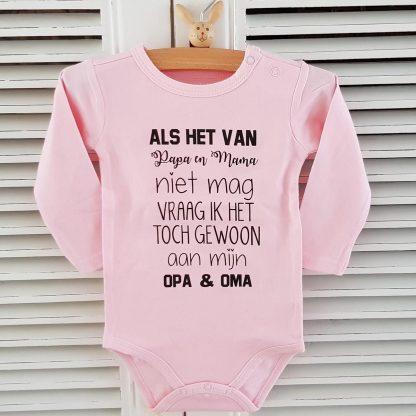 Rompertje met tekst geboorte meisje Als het van papa en mama niet mag vraag ik het toch gewoon aan mijn opa en oma | Lange mouw | roze | maat 74/80