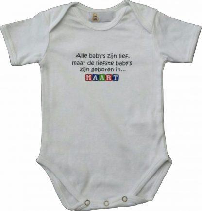 """Witte romper met """"Alle baby's zijn lief, maar de liefste baby's zijn geboren in Maart"""" - maat 74/80 - babyshower, zwanger, cadeautje, kraamcadeau, grappig, geschenk, baby, tekst, bodieke"""